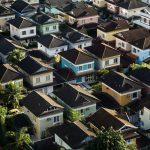 Jak położyć blachę na dach?
