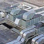 Jak przeprowadzić remont dachu wielkopowierzchniowego?