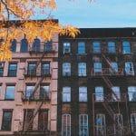 Renowacja dachu z papy bitumicznej – ochrona domu jesienią