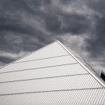 Jak uszczelnić metalowy dach?